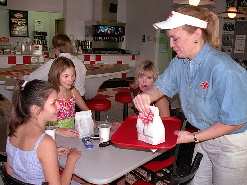 Nation's oldest restaurant franchise expands in seven states